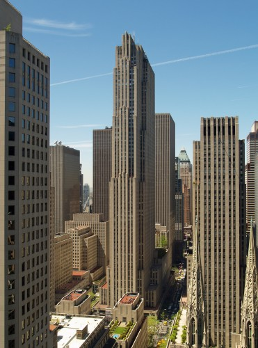 GE_Building_by_David_Shankbone.JPG