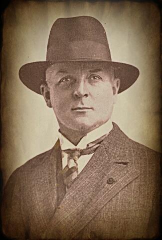 Arnold Krumm Heller
