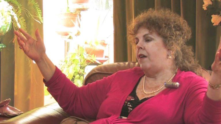LAURA HNIGHT-JADZCYK e IL CASSIOPEAN EXPERIMENT